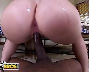 BANGBROS - Are You Ready For PAWG Virgo Peridot's Tsunami Of Booty?